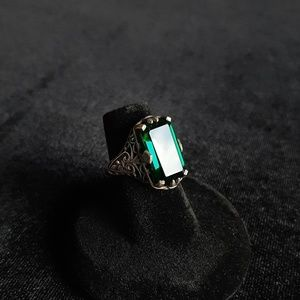 Jewelry - sterling silver emerald quartz filigree ring